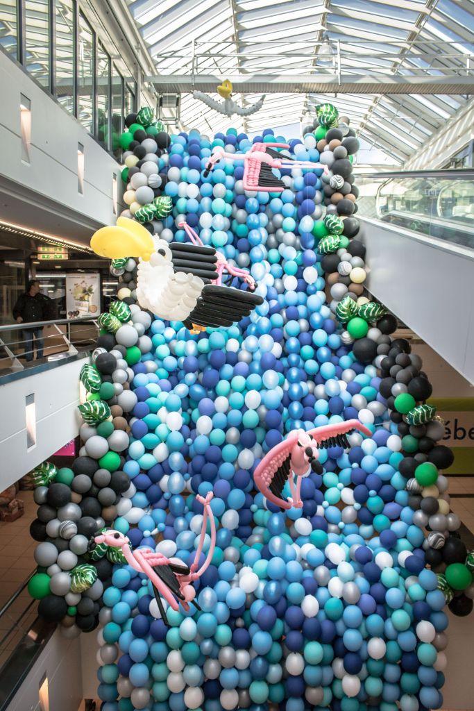 waterfall balloon sculpture