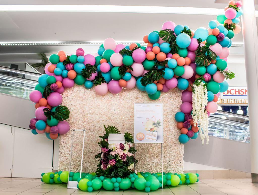 tropical balloon garland