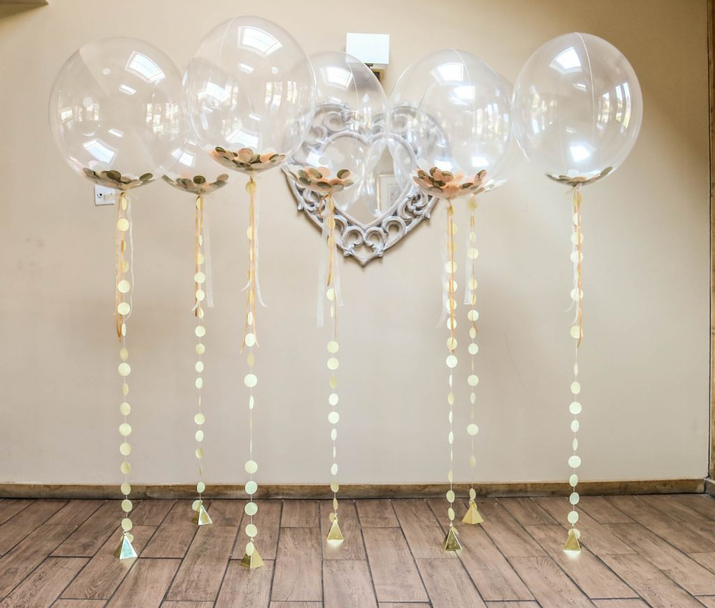 vintage wedding confetti bubble balloons