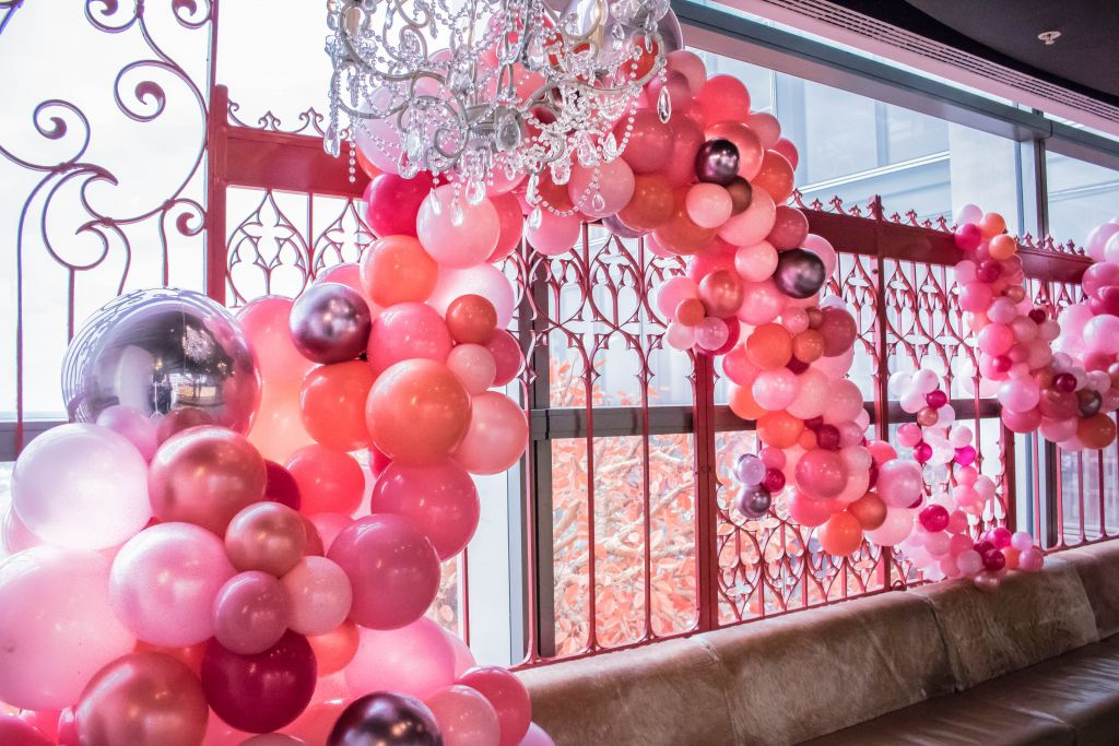Pretty in pink organic balloon design