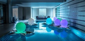 swimming pool balloons